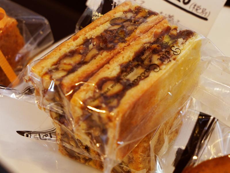 エンガディーナ BOULANGER PATISSIER y'KUNIEDA (ワイクニエダ)は岐阜県大垣市にある 自家製天然酵母パンとケーキのお店です。
