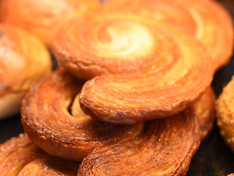 シュクレ BOULANGER PATISSIER y'KUNIEDA (ワイクニエダ)は岐阜県大垣市にある 自家製天然酵母パンとケーキのお店です。