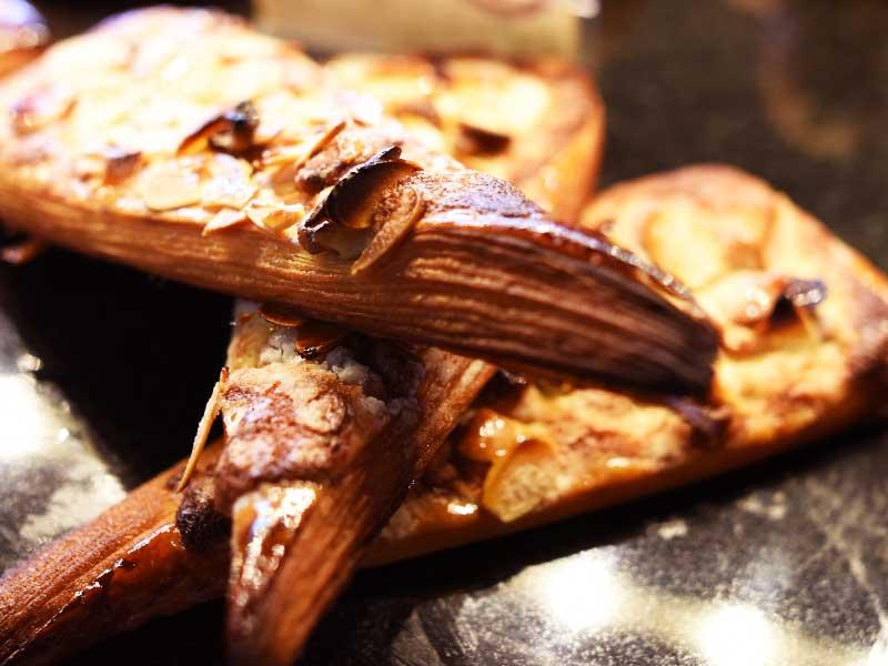 木の実のだのワーズ BOULANGER PATISSIER y'KUNIEDA (ワイクニエダ)は岐阜県大垣市にある 自家製天然酵母パンとケーキのお店です。