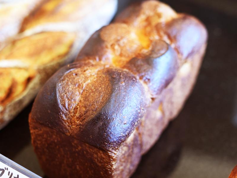 ブリオッシュナンテール BOULANGER PATISSIER y'KUNIEDA (ワイクニエダ)は岐阜県大垣市にある 自家製天然酵母パンとケーキのお店です。