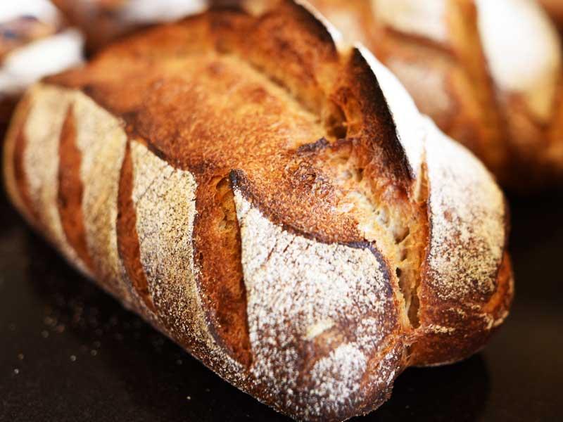 ルヴァン・ナチュール BOULANGER PATISSIER y'KUNIEDA (ワイクニエダ)は岐阜県大垣市にある 自家製天然酵母パンとケーキのお店です。