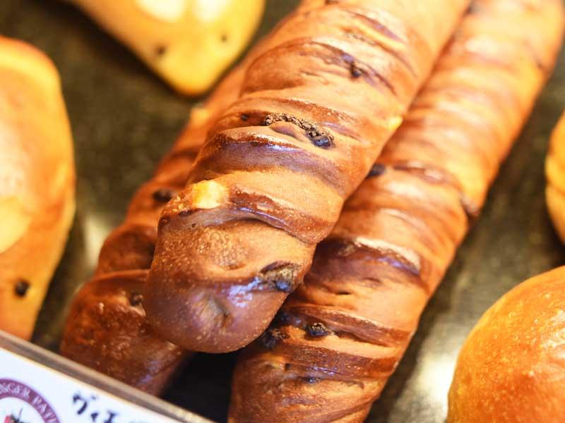 ヴィエノワショコラ BOULANGER PATISSIER y'KUNIEDA (ワイクニエダ)は岐阜県大垣市にある 自家製天然酵母パンとケーキのお店です。