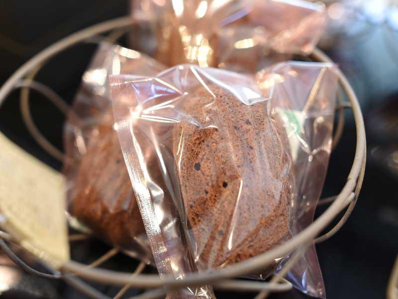 マドレーヌショコラエピス BOULANGER PATISSIER y'KUNIEDA (ワイクニエダ)は岐阜県大垣市にある 自家製天然酵母パンとケーキのお店です。